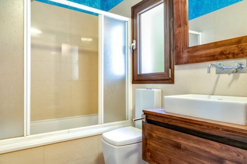 Segundo baño con bañera
