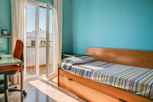 Dormitorio de huéspedes acogedor