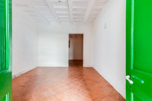 Uno de 5 dormitorios sin muebles