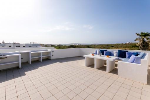 Villa reciente en un hermoso complejo con piscina a 250 m de la playa en Punta Grossa