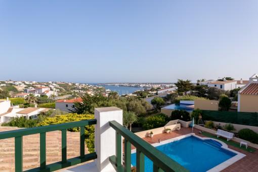 Espectacular villa con fantásticas vistas al puerto de Mahón