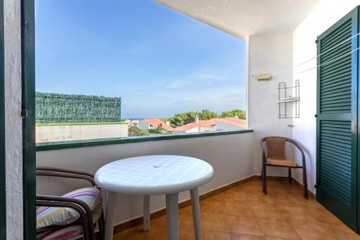 Apartamentos con balcón en una esquina tranquila cerca de tiendas y restaurantes en Addaya